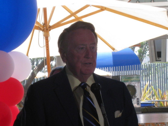 VinScully.JPG